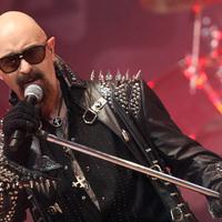 Itt egy új Judas Priest-dal, erősen nyugdíjas stílusban