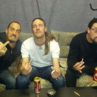 Ismét támad a pusztító, sallangmentes grindcore-t nyomató budapesti Advisory zenekar