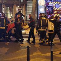 Terrortámadás Párizsban több helyszínen, köztük az Eagles Of Death Metal koncertjén