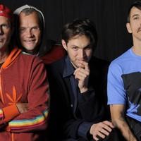 Sick Love - Nézd meg az új Red Hot Chili Peppers klipet!