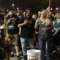 The Trooper jóféle szaxofonnal - Egy Maiden koncert parkolójában