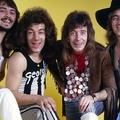 Így nyomta az AC/DC előtti zenekarával Brian Johnson
