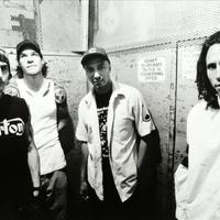 DVD-vel jelentkezik a Rage Against The Machine