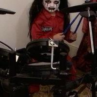 Rendes dobcuccon is jól keni az ötéves Slipknot-rajongó kissrác