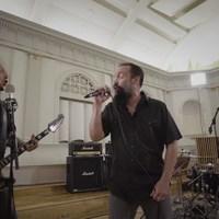 Neil Fallonnal közös klipet készített a Volbeat