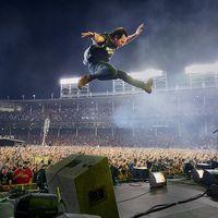 A Pearl Jam Let's Play Two című koncertfilmje az Urániában