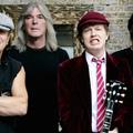 Életrajzi könyv készült Angus Youngról, Brian Johnson újra színpadon énekelt