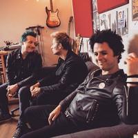 Still Breathing - Itt egy új Green Day-videó