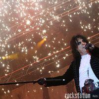 Raise Your Fist and Rock the Night – együtt játszik Bécsben Alice Cooper és a Europe!