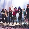 Trump-pinatát puszítottak a Guns N' Roses mexikói koncertjén