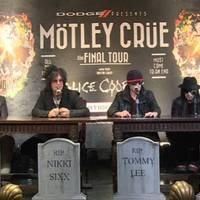 Hattyúdalára készül a Mötley Crüe