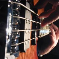Híres metal-dalok basszusgitár-sávjai