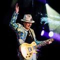 Kirk Hammett is ott lesz Carlos Santana új lemezén