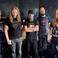 Dark Tranquillity- és volt Katatonia-tagok egyesítették erejüket a csúnya death metalt toló Grand Cadaverben.