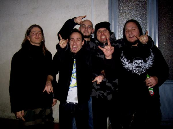 Cadaveres band 2010.jpg