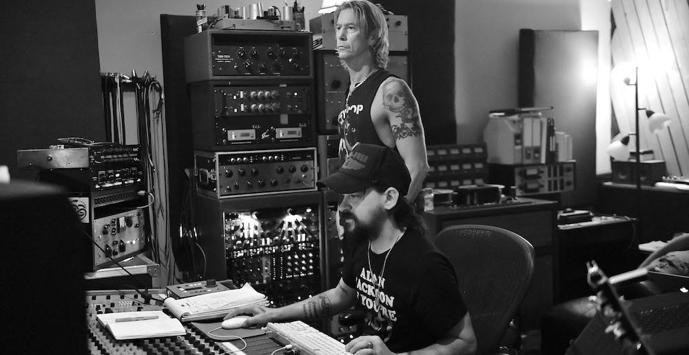 duff-mckagan_shooter-jennings_credit-scott-dudelson-1000x515.jpg
