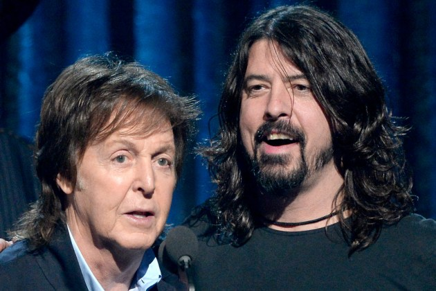 paul-mccartney-dave-grohl.jpg
