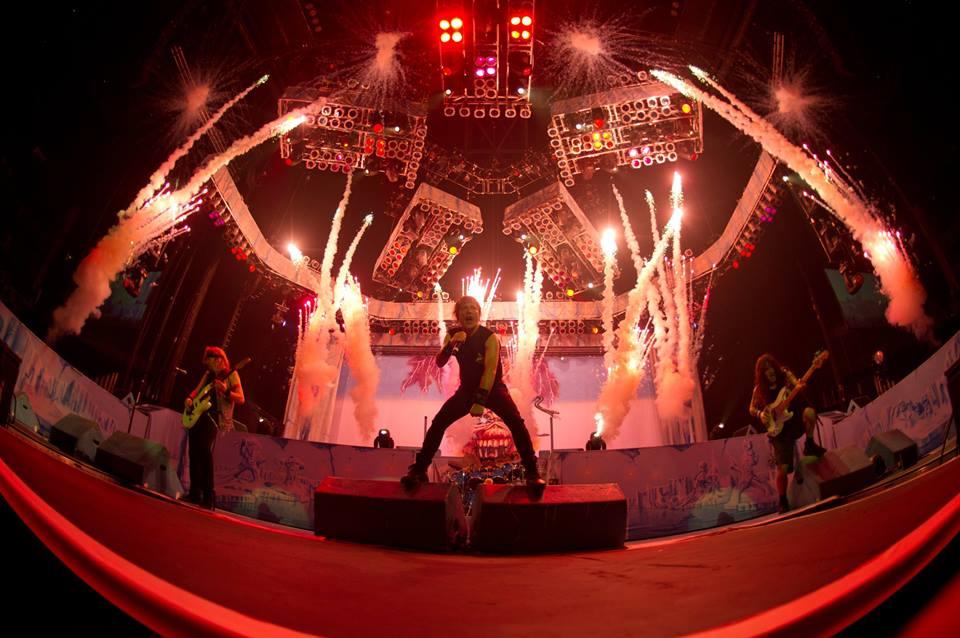iron_maiden_live.jpg