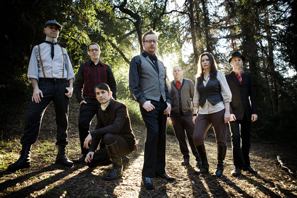 flogging_molly_2014.jpg