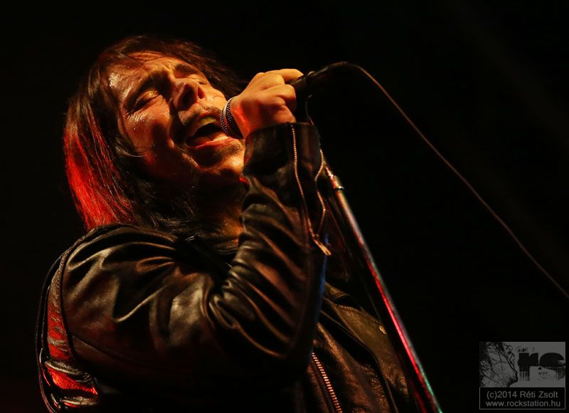 0monstermagnet2014_21.jpg