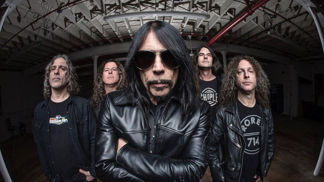monster_magnet_2017.jpg