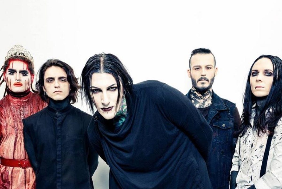 motionless-in-white-2018-tour.jpg
