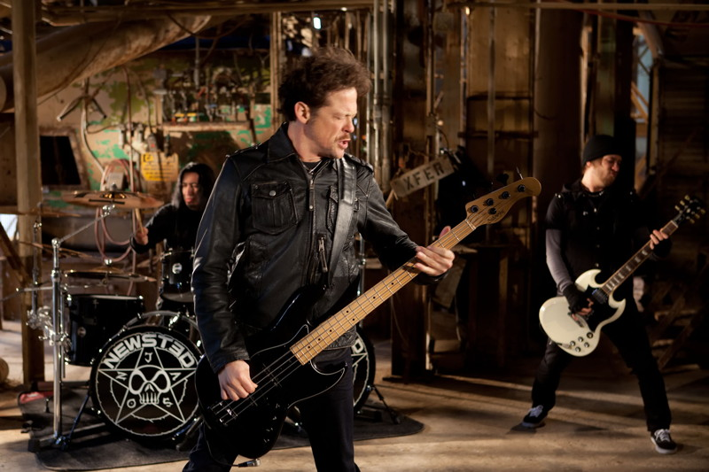 Newsted video.jpg