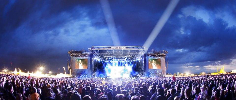nova_rock_stage.jpg