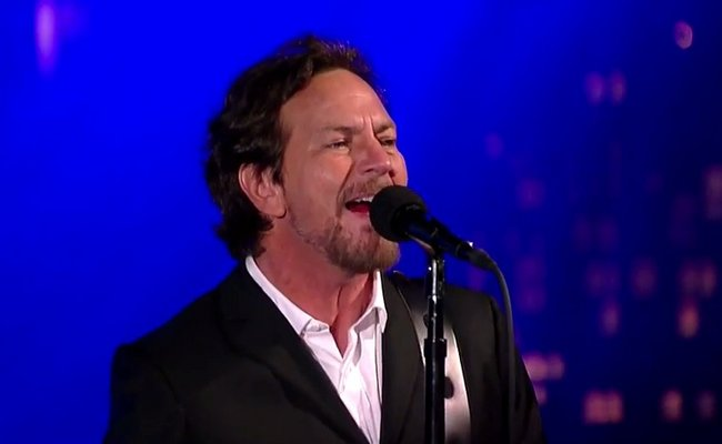 eddie-vedder-on-letterman.jpg
