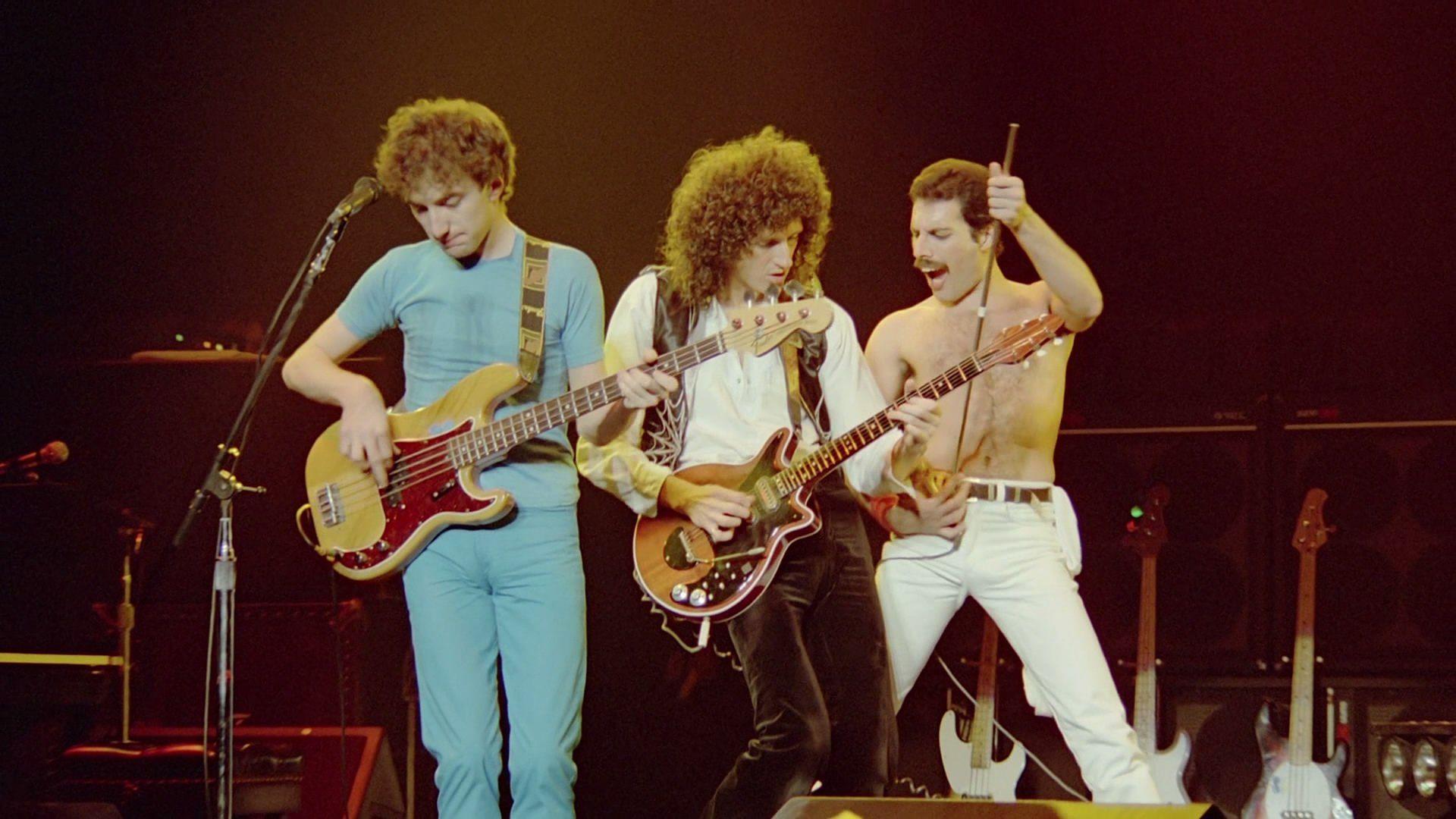 queen-rock-montreal-live-aid-50719751904b5.jpg