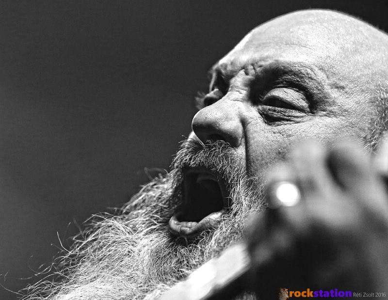 A doom zene legendás alakja Kirk Windstein és zenekara a Crowbar novemberben járt Budapesten