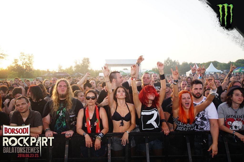 rockpart_16_fans.jpg