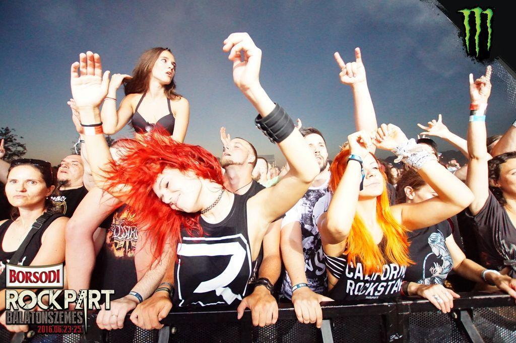 rockpart_16_fans_2.jpg