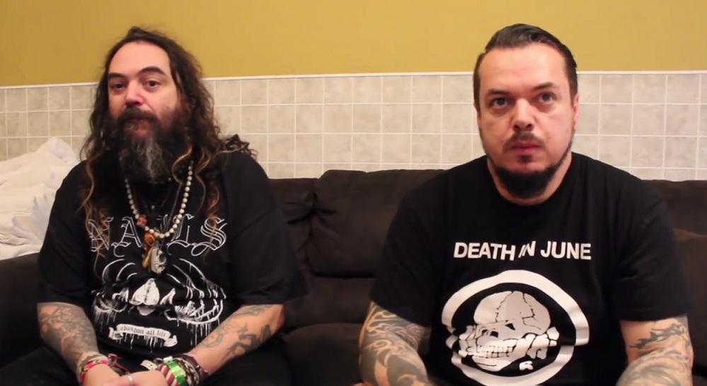 Igor és Max Cavalera (Sepultura, Cavalera Conspiracy, Nailbomb)<br /><br />A két Cavalera szinte csodát művelt azzal, hogy a '80-as évek végén felhelyezte az addig 'ismeretlen' Brazíliát a metalzene térképére. Sokan azóta is a '90-es évek elejét tartják a Sepu csúcskorszakának, amiben lehet is valami, viszont azóta is párszor 'összetalálkozott' a Max kilépése után egy jó ideig még beszélőviszonyban sem lévő testvérpár. Sőt, most már, ahogy mi is láthattuk Magyarországon is, igencsak jó a viszony, kár, hogy Maxi papa már elég sokat vesztett egykori fényéből, mert Iggor még úgy-ahogy hozza az egykori legendás témákat.