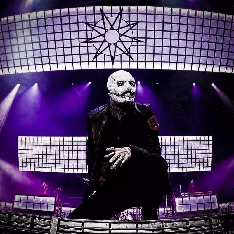 corey-slipknot-new-mask-4.jpeg