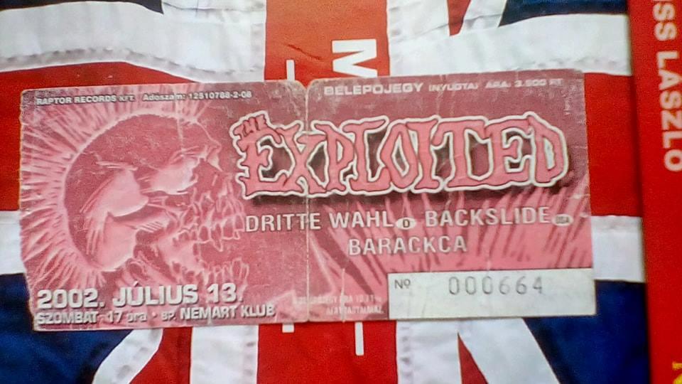 Olvasónk az összes magyarországi The Exploited koncerten jelen volt.  Benke János gyűjteménye.