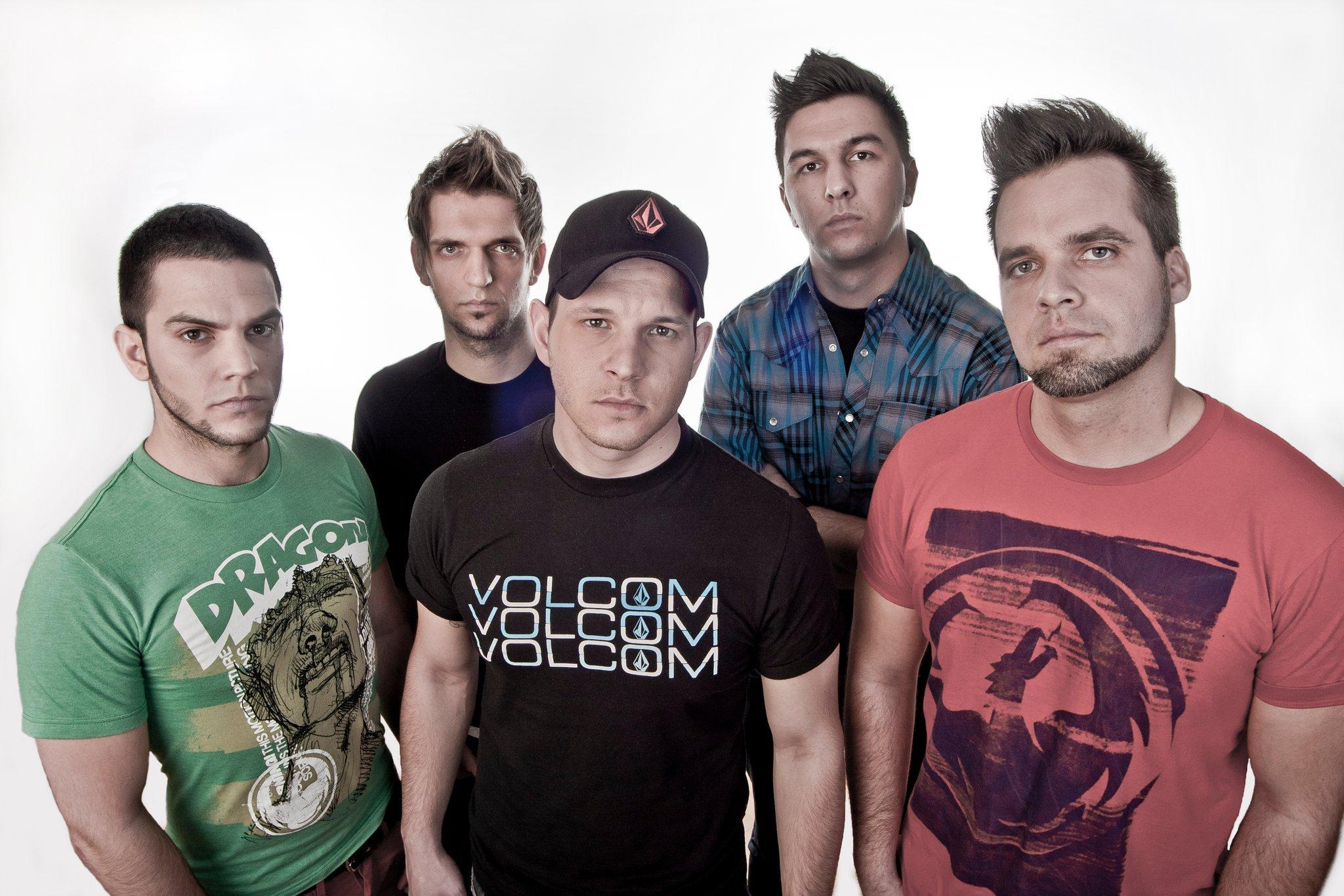 The Idoru band 2011.jpg