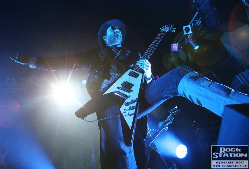 0therion2012_4.jpg