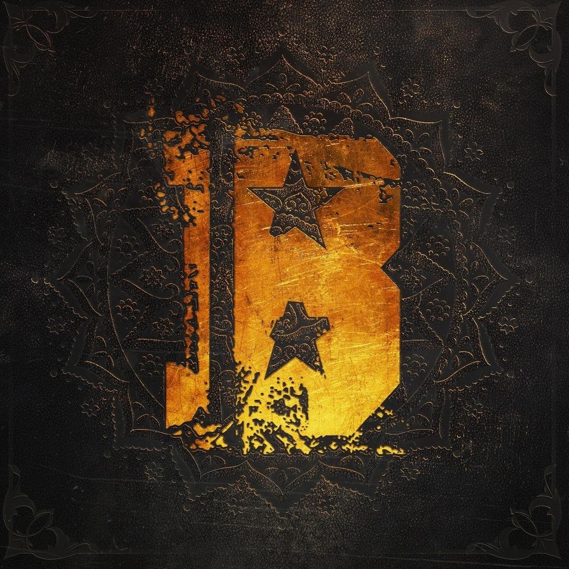 Burnout - Új Évezred Rapszódia<br /><br />A Burnout új lemeze jó példa a húzós modern metal kifejezésre. Élőben talán még jobban sütnek a nóták, mint a korongon, de az Új Évezred Rapszódia otthon döngetve sem vall szégyent.