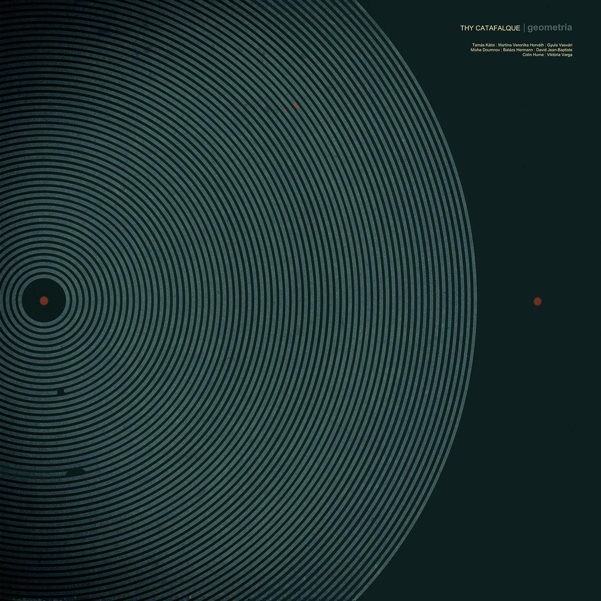 Thy Catafalque - Geometria<br /><br />Némi elfogultsággal tudunk csak beszélni a Thy Catafalque albumokról, hiszen mindegyik egy kiemelkedő mestermunka a maga műfaján belül. A Geometria talán a Rengeteg óta a legkiemelkedőbb termés a Kátai-művekből, mindenféle tekintetben.