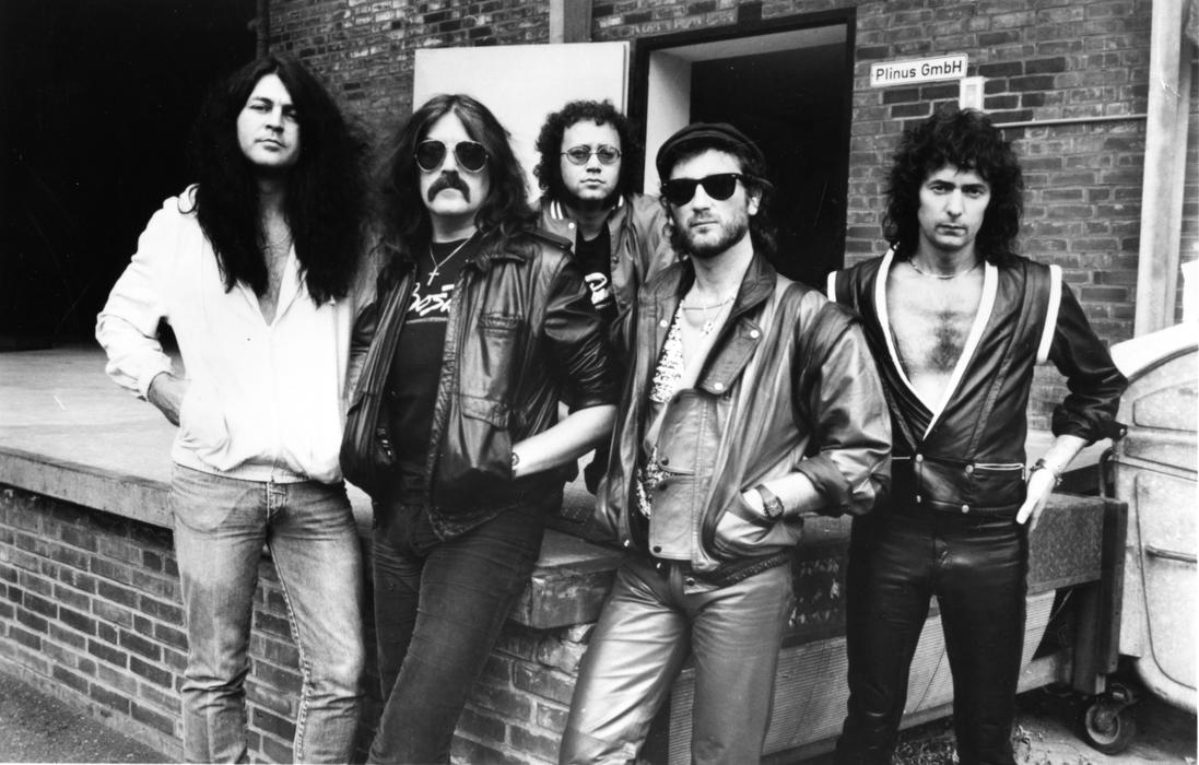 5. Deep Purple (117 dB)