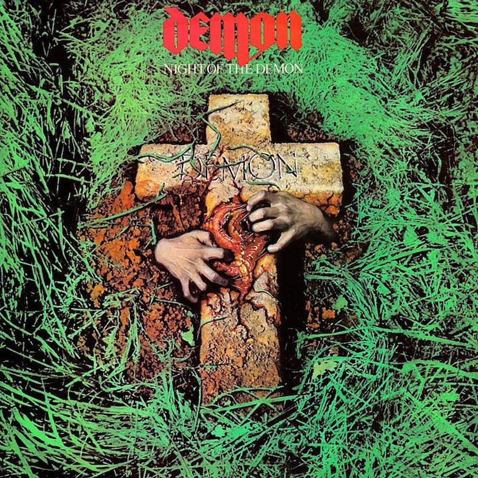 Demon - Night Of The Demon<br /><br />Szinte death metalos, belezős front, viszont 'csak' jóízű hard rock. A Demon is ügyesen kihozta a kontrasztot, mert maga a muzsika talán annyira nem indokolta volna ezt a borítógrafikát.