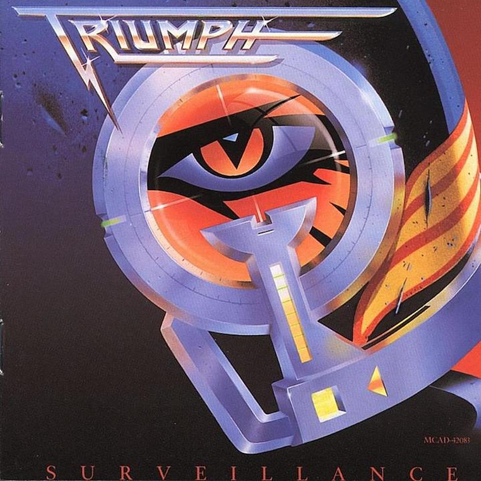 Triumph - Surveillance<br /><br />Sajnos nem feltétlen sikerült úgy a kanadai trió ezen lemeze, mint ahogy szerették volna, de azért hard rocknak el lehet könyvelni. Hiába a Judas Priestre hajazó borítókép, ez sajna messze volt onnan.