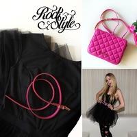 Az örök megunhatatlan : fekete-pink