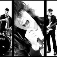 Ivan & The Parazol koncert 02.24.