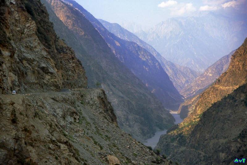 010,Karakoram Highway, Indus Valley.jpg