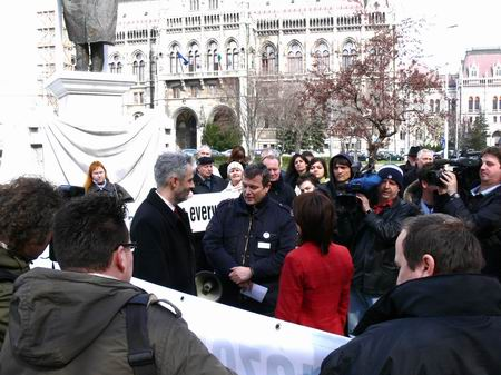 2008. március 28. - Kossuth tér, demonstráció