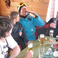 Ausztriában inkább csússz, mint igyál!