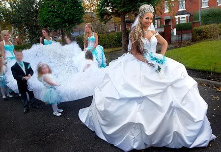 worst-wedding-dresses.jpeg