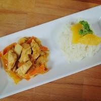 Narancsos csirke wokban